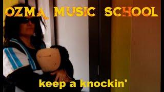 Onze leden coronacoveren 'Keep A-Knockin'' (Little Richard)!