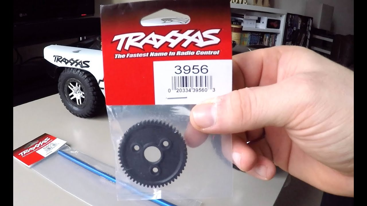 How To Replace The Spur Gear on Traxxas Slash 4x4 Drive Shaft Also