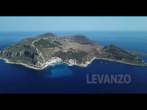 Isola di Levanzo dall'alto
