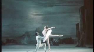 Le Lac des Cygnes, Op.20 (Swan Lake) - Pas de Deux (Bolchoï / Bolshoi) - Tchaikovski
