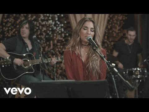 Jessie James Decker - You're Still the One (Live from Blackbird Studios)
