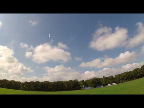 Hacker HotWing 750 flying wing Greg006