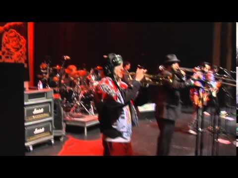 Reel Big Fish  - Don't Start A Band Subtitulado Español