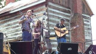 Dale Jett and Hello Stranger singing Down in a Hole
