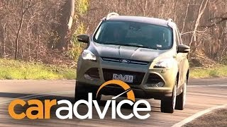 Ford Kuga Titanium Video Review(Jez Spinks takes an in-depth look at the Ford Kuga., 2013-05-10T01:40:51.000Z)