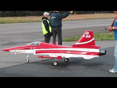 F-20 TIGERSHARK GIGANTIC RC TURBINE JET / Friedhelm ...