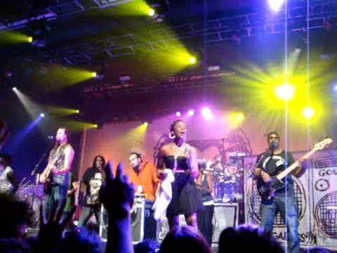 Obama Song by Michael Franti & Spearhead ~ LIVE @ Nokia Theatre, NYC 11/21/08