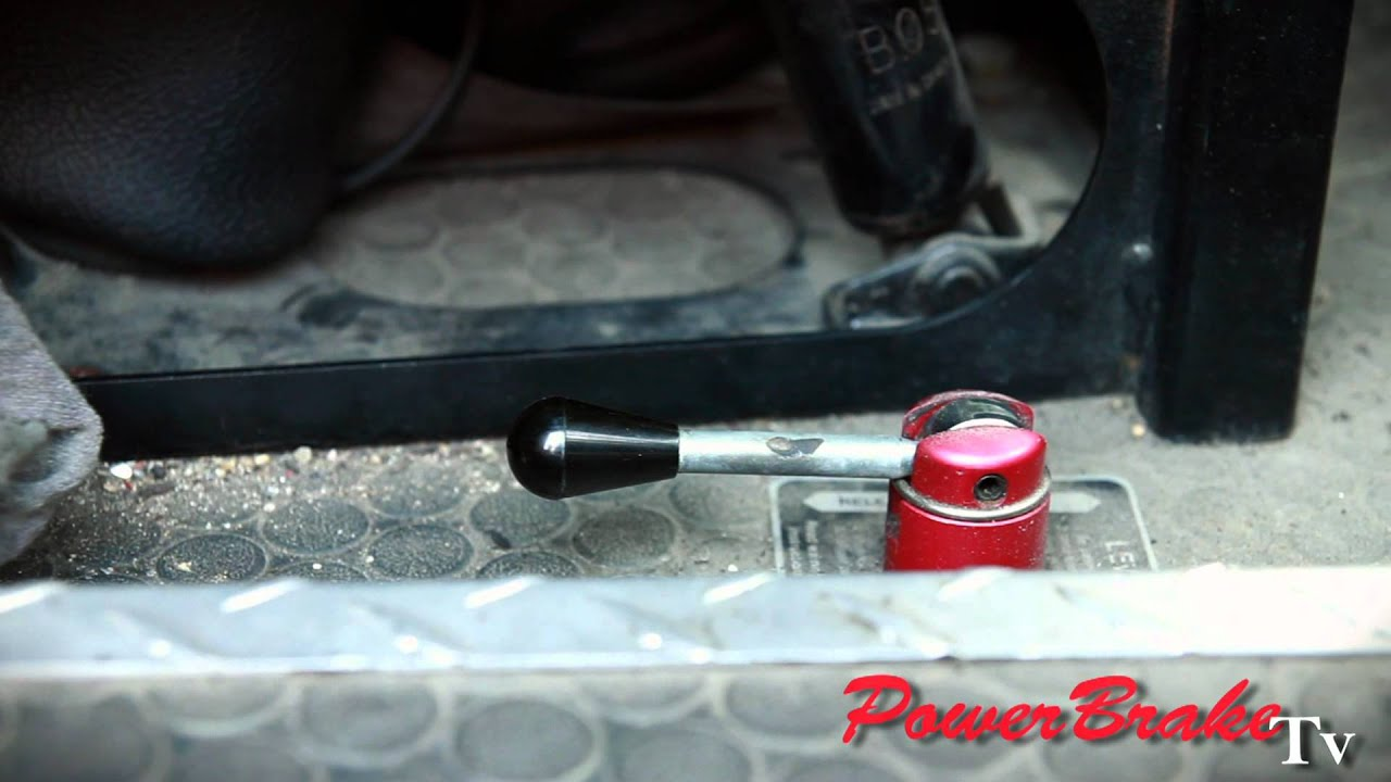 Hydraulic Lever Lock Brake Control : Antiquated hydraulic parking brake levers and air