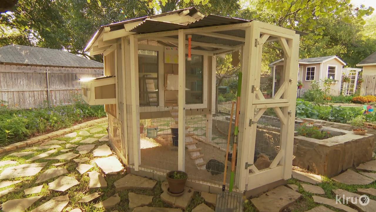 Charming Cottage Design  Sheila & Tim Smith  Central Texas Gardener ...
