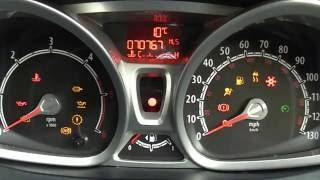 12 Reg (2012) Ford Fiesta 1.4TDCi Titanium 5 Doors Frozen White
