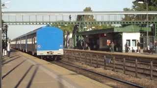 Tren chino con la B970 7:09AM rápido por El Palomar 25-10-2013