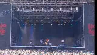 MGMT - 04 - Of Moons Birds And Monsters (Live @ Hovefestivalen 2008)