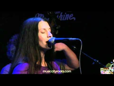 Natasha Borzilova performs Balancing Act on Music City Roots