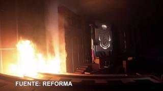 Maestros queman Congreso de Guerrero