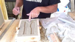 Sand casting demo... Making a practice knife with sand casting