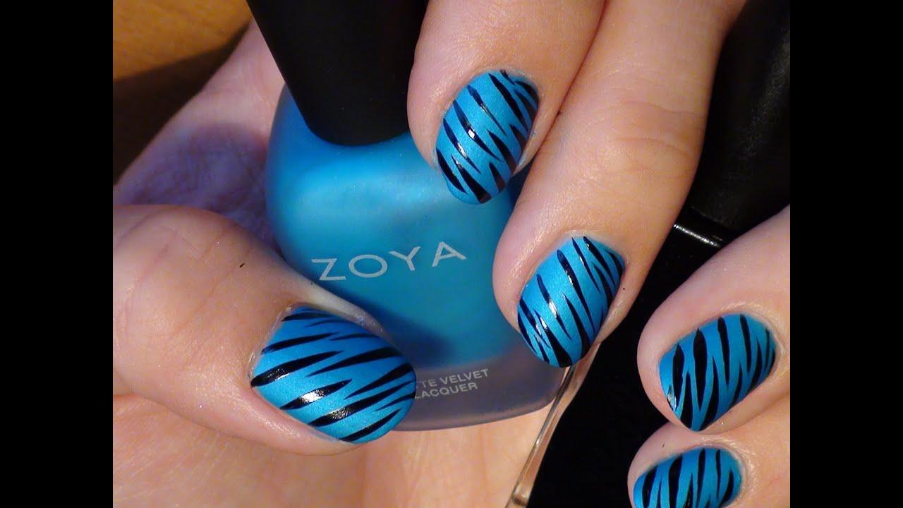 ongles black & blue nail art