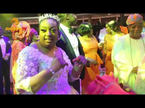 OBASANJO DANCE WITH HIS SON AND WIFE AT WEDDING RECEPTION