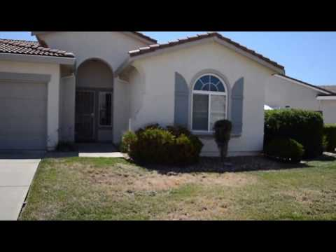 Elk Grove Home For Rent - 3 Bed 2 Bath - by Property Management in Elk Grove
