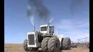 Big Bud 747. World's biggest tractor (#2)