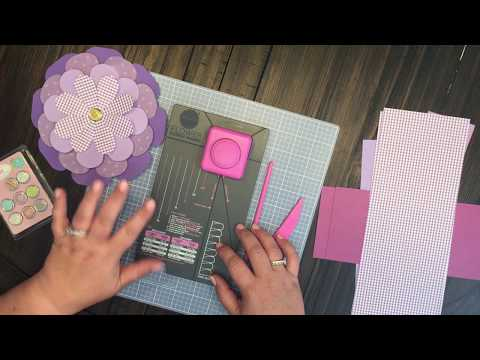 We R Memory Keeper Flower Punch Board