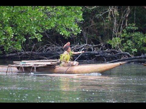 A Quick and Fun Outrigger Ride  to a Tufi Vlllage Papua New Guinea