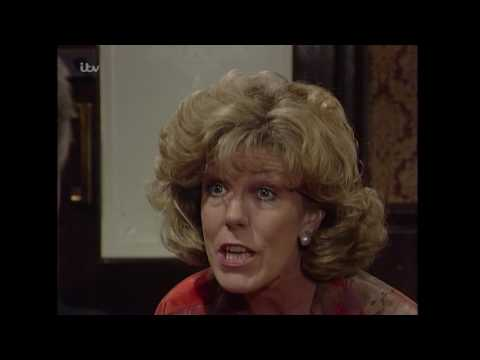 Coronation Street - Audrey Wants to Escape to the Seaside