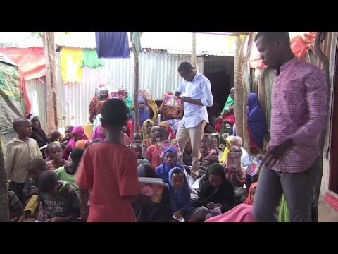 Somali students volunteer to educate the dispossessed