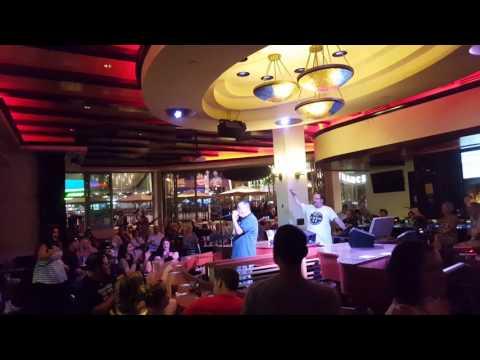 Me sang at Harrah's casino Karaoke show 08/10/2017