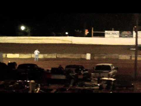 lake cumberland speedway 10 21 11 open wheel heat 2 part 1