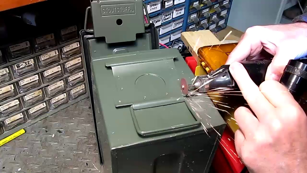 Free And Easy Way To Lock An Ammo Can Tight Youtube
