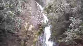 川上町にある沢柳の滝です。 美星町から星の里街道を進み、終点から県道...