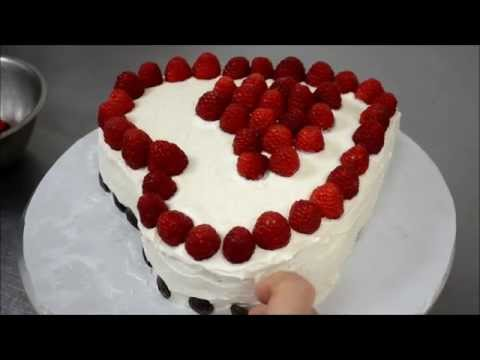 How to make a heart shaped cake