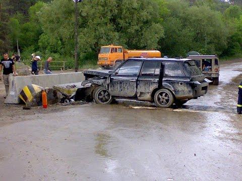 Range Rover crash in film Babylon a.d.