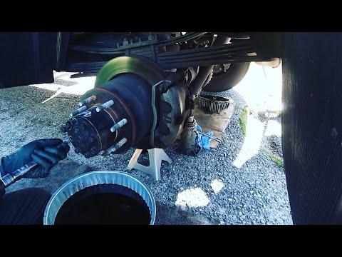 Обслуживание 2018 RAM 3500 на 80000 тысяч миль и ремонт заднего сальника