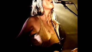 Lissie - They all want you - lyrics
