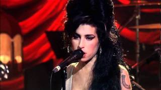 Repeat youtube video Amy Winehouse - You know I'm no good. Live in London 2007