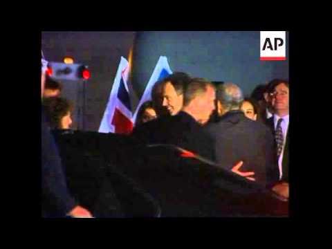 UK PM arrives for talks