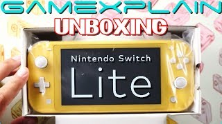 Unboxing the Nintendo Switch Lite! (+ Size Comparison)