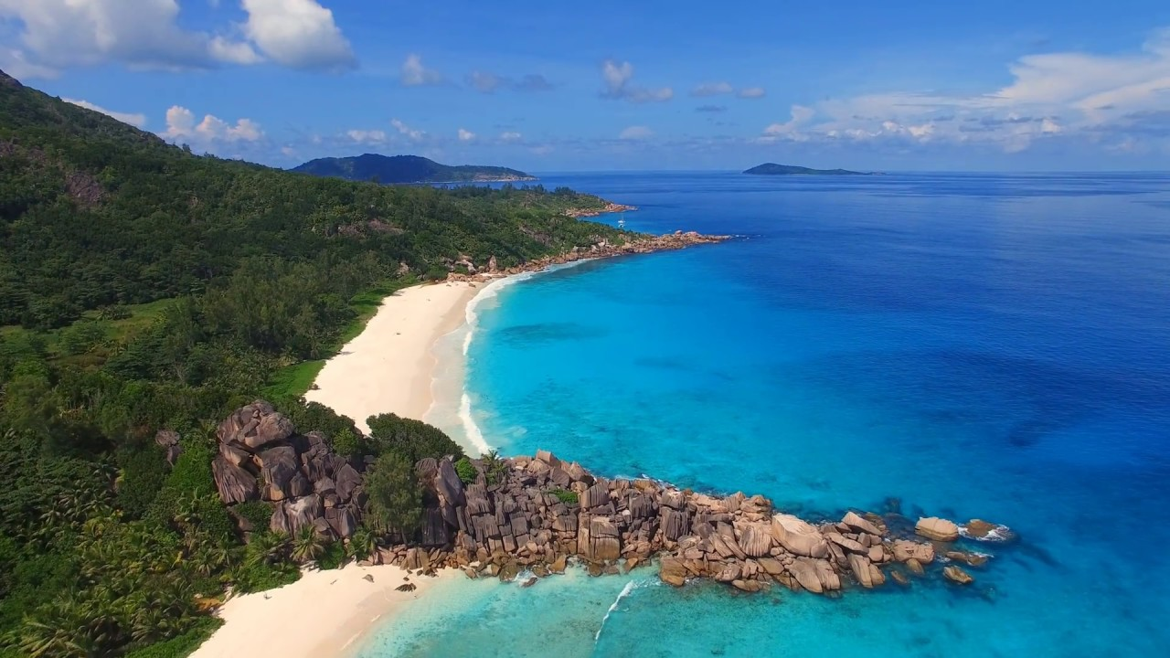 Seychelles: Aerial view of tropical paradise in Indian ...