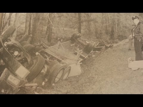 Metal Detecting: Worlds Largest Coin Spill & 1972 Crash Site Photos