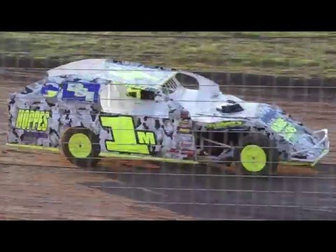 Mark Wauge Heat race win at Southern Oregon Speedway (Part 2)