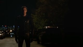 the flash s2e23 iris has a talk with barry zoom asks barry to race