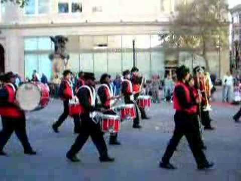 Oakland Holiday Parade 2007: Skyline Marching Band