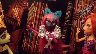 "Monster High ""Steal The Show"" Stop-Motion Music Video Preview"