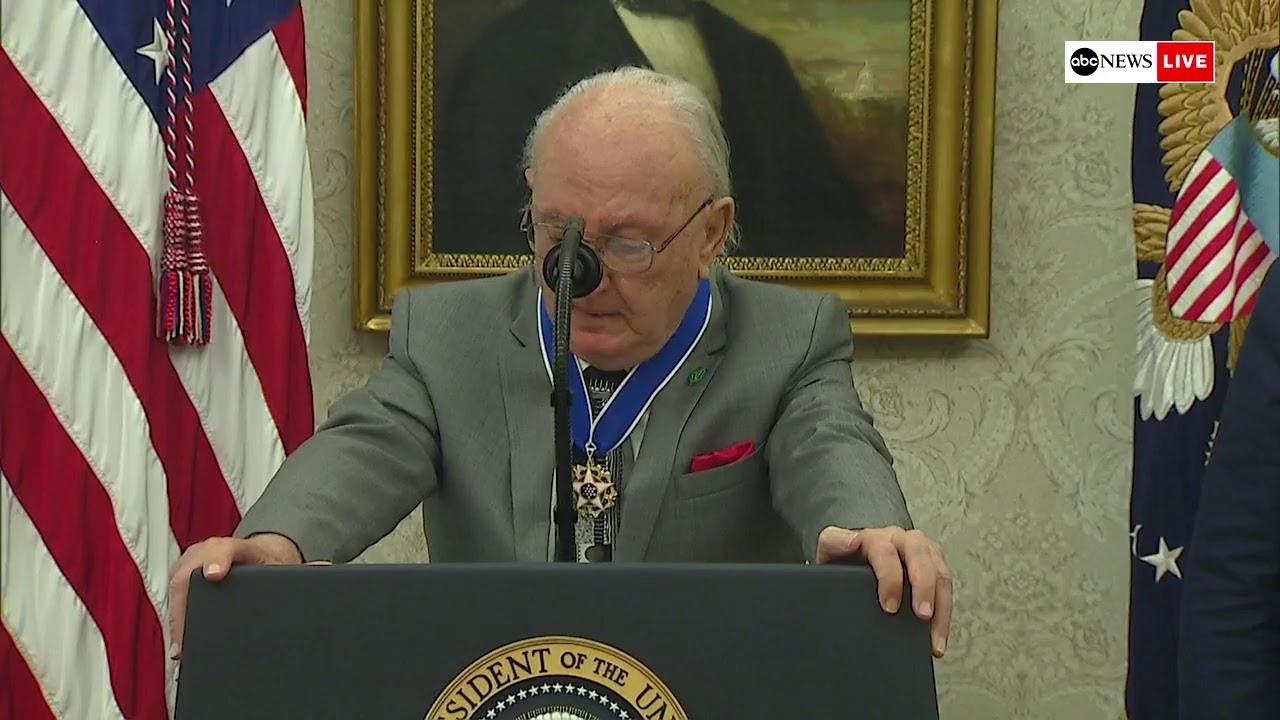 ABC News:Prsident Trump presents Medal of Freedom to former Boston Celtics point-guard Bob Cousy | ABC News