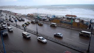 الموجة الأعنف على الإسكندرية.. ارتفاع أمواج البحر لـ6 أمتار