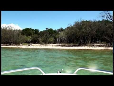 Boating Around Horse Shoe Bay PEEL ISLAND