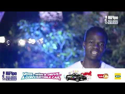 Fan Sings Guluma Nasomye by Ziza Bafana