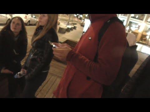 Смотреть фото [Псв 19] Влог: с Михалычем в Москве на Страстном бульваре, стэндап в кафэшке, путешествие ОСЕНЬ НОЧЬ новости россия москва