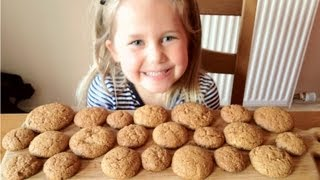 HOMEMADE GINGER BISCUITS